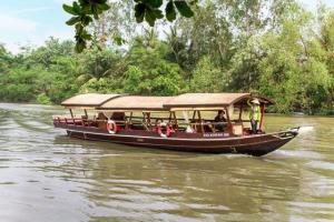 Nằm mơ thấy đi thuyền trên sông nước/trên cạn nên đánh con gì?
